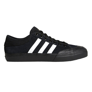adidas Matchcourt Cblack/Ftwwht/Gum4