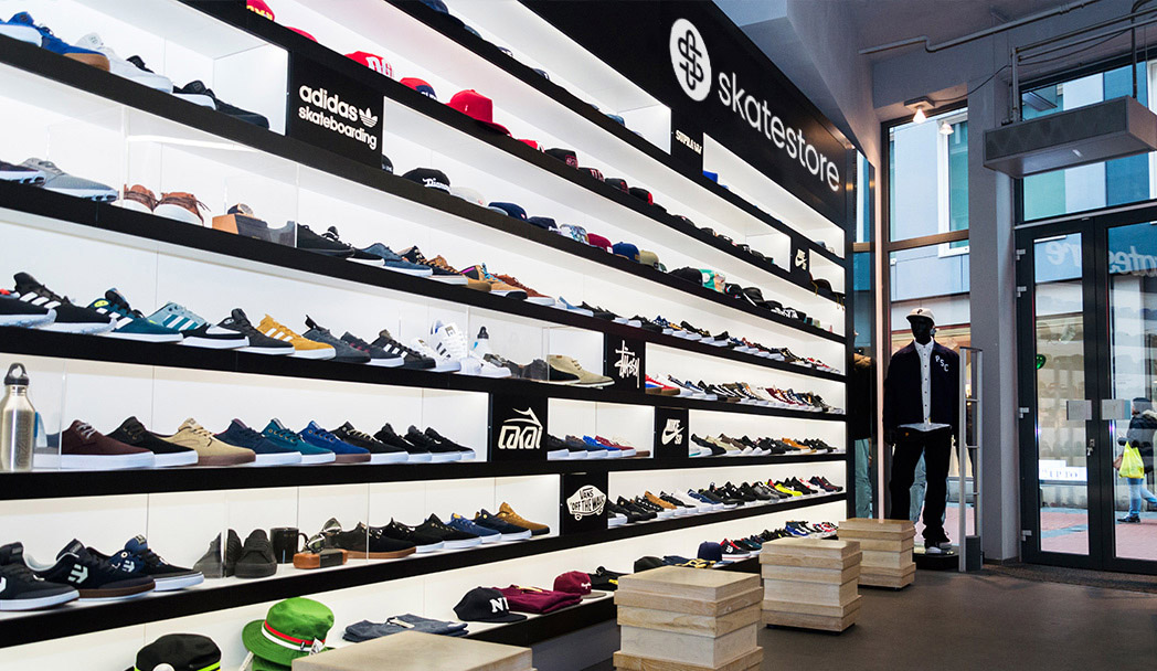 2139043f8b7 amsterdam adidas store